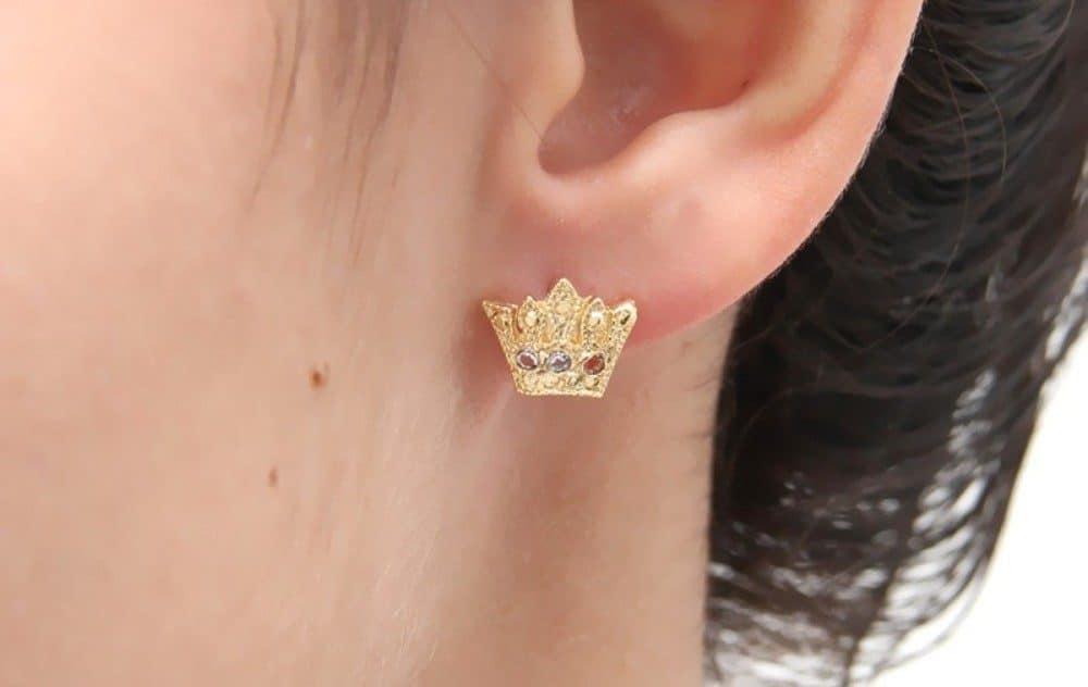 brinco-coroa-delicada-cravejada-zirconias-folheada-ouro-18k-francisca-joias-2