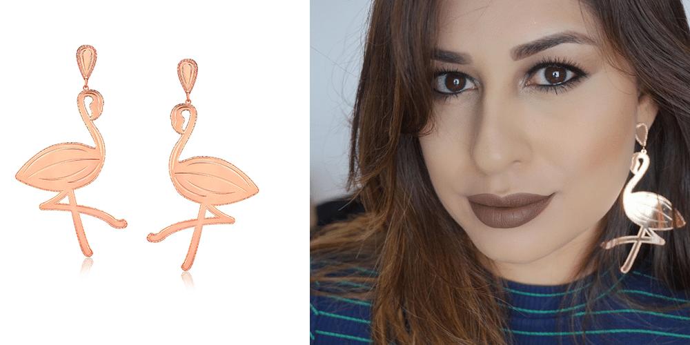 imagem de mulher usando brincos de flamingo
