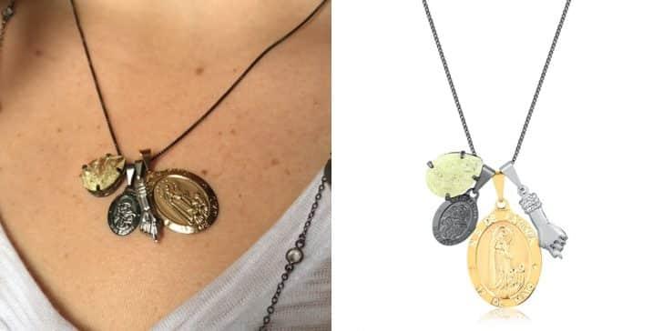 combinar acessórios dourados com prata